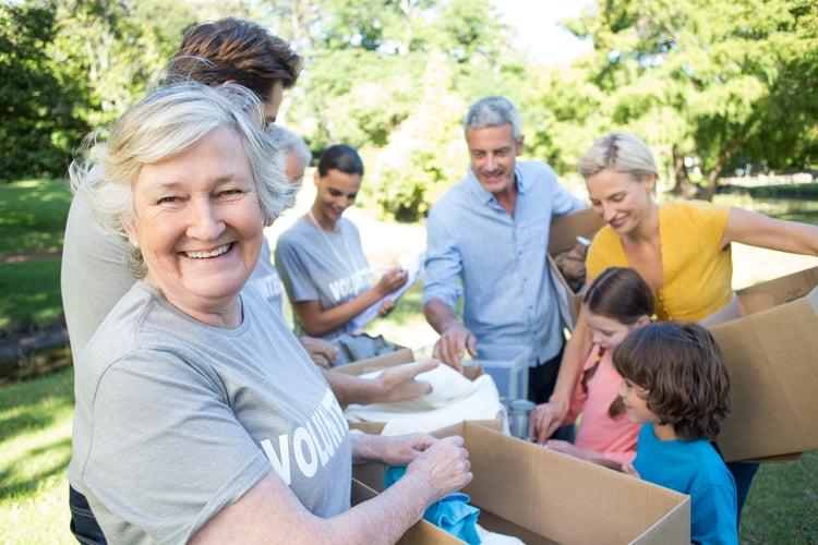 senior volunteering twin cities